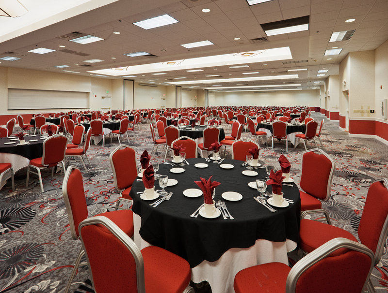 Crowne Plaza Sacramento Northeast-Hotel Ballroom at the Crowne Plaza Sacramento<br/>Image from Leonardo