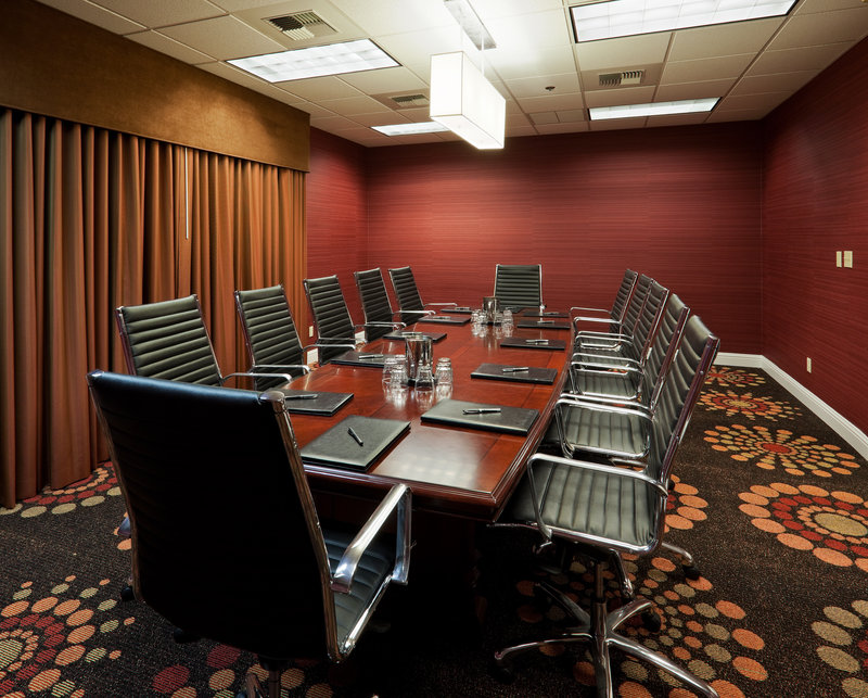 Crowne Plaza Sacramento Northeast-Boardroom at the Crowne Plaza Sacramento<br/>Image from Leonardo