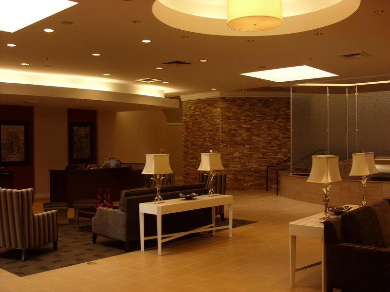 Crowne Plaza Sacramento Northeast-Lobby of the Crowne Plaza Hotel Sacramento Northeast<br/>Image from Leonardo