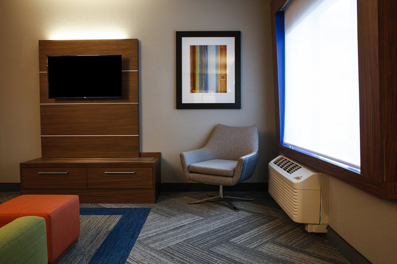 Holiday Inn Express & Suites Louisville Downtown-Sitting Area in King Suite<br/>Image from Leonardo