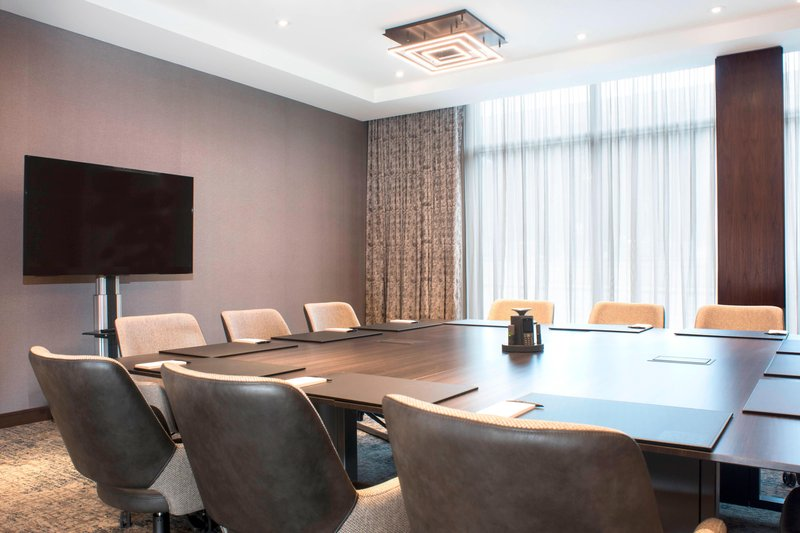 AC Hotel Boston Downtown-Eaton Executive Boardroom<br/>Image from Leonardo