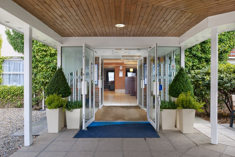 Holiday Inn Express York-Entrance<br/>Image from Leonardo