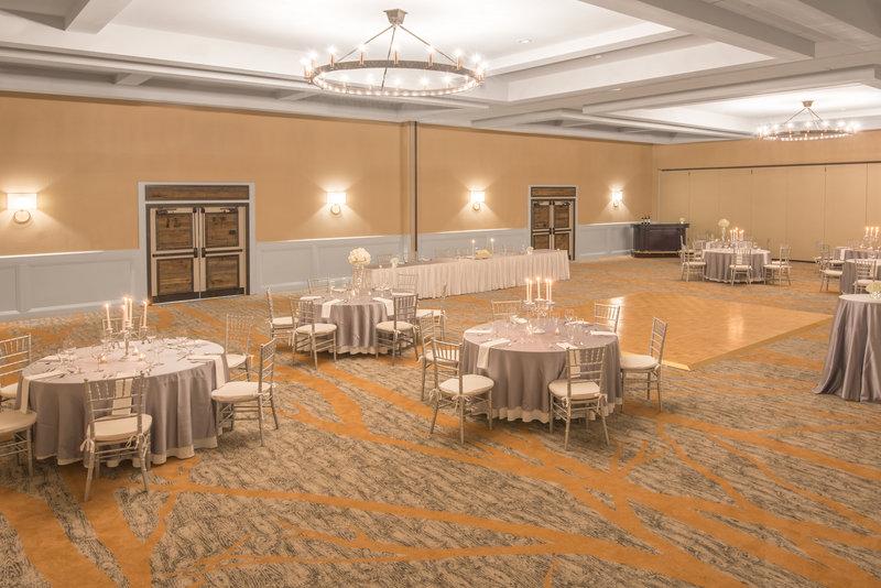 Crowne Plaza Resort Asheville-Pisgah and Roan Room<br/>Image from Leonardo