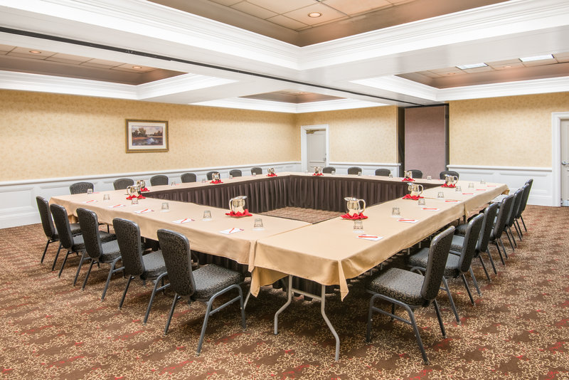 Crowne Plaza Resort Asheville-Having a board meeting? Our meeting rooms can suit your group!<br/>Image from Leonardo