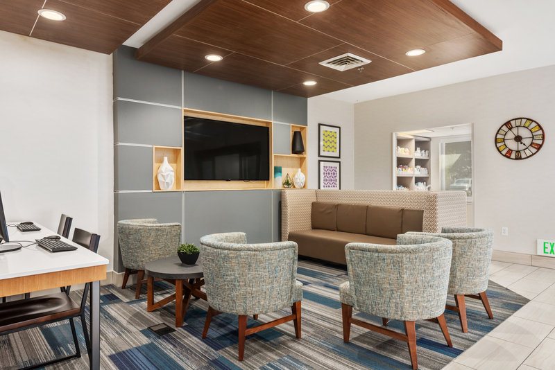 Holiday Inn Express & Suites Salt Lake City West Valley-Lobby <br/>Image from Leonardo