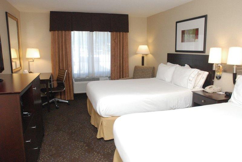 Holiday Inn Express & Suites Hill City Mt. Rushmore Area-Two Queen Size Beds<br/>Image from Leonardo