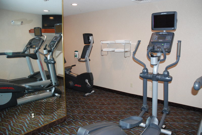 Holiday Inn Express & Suites Hill City Mt. Rushmore Area-Stay in Shape in Our Fitness Center<br/>Image from Leonardo