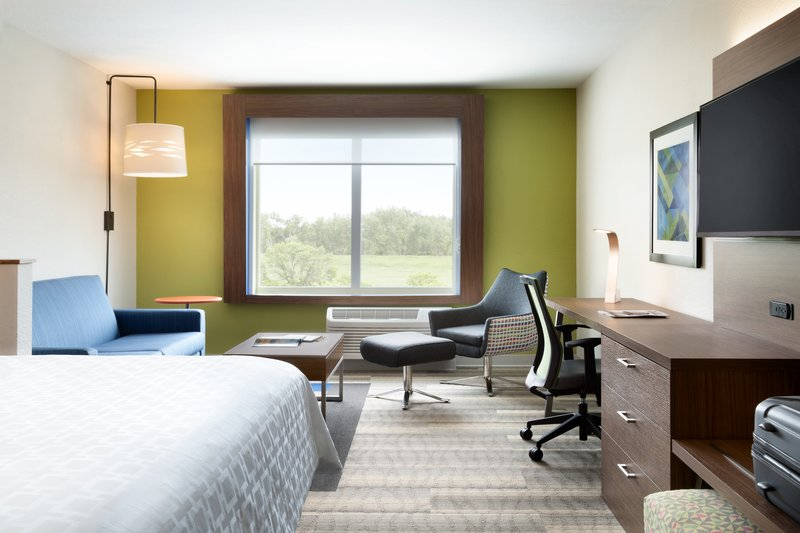 Holiday Inn Express And Suites Savannah N Port Wentworth-Enjoy our spacious King Suite with Sofa<br/>Image from Leonardo