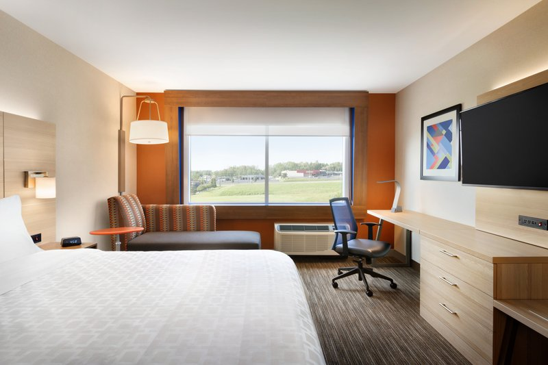 Holiday Inn Express And Suites Savannah N Port Wentworth-Relax in our Inviting King Guest Room<br/>Image from Leonardo