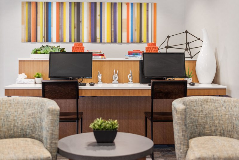 Holiday Inn Express & Suites Salt Lake City West Valley-Business Center<br/>Image from Leonardo