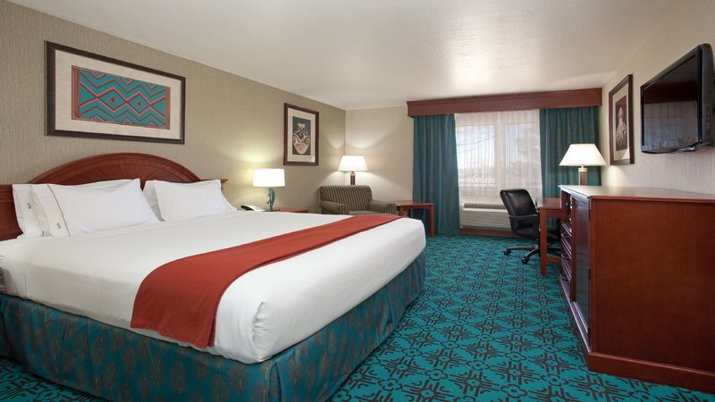 Holiday Inn Express Mesa Verde-Cortez-King Bed Guest Room<br/>Image from Leonardo