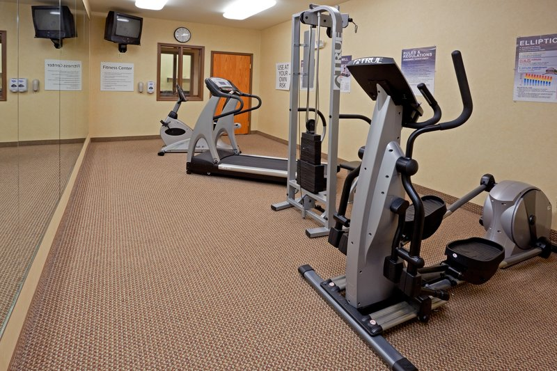 Holiday Inn Express Syracuse-Fairgrounds-A weight machine is also availible<br/>Image from Leonardo