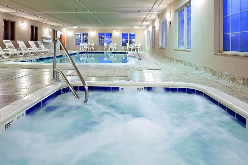 Holiday Inn Express Syracuse-Fairgrounds-Winter days are best for a dip in the hot tub<br/>Image from Leonardo