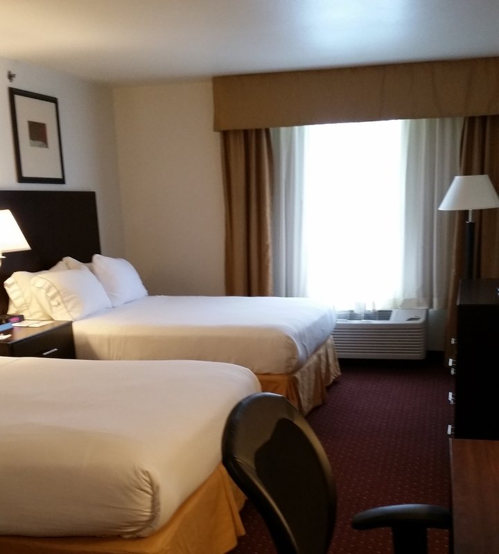 Holiday Inn Express Syracuse-Fairgrounds-Enjoy an evening in our standard room with two queen beds<br/>Image from Leonardo