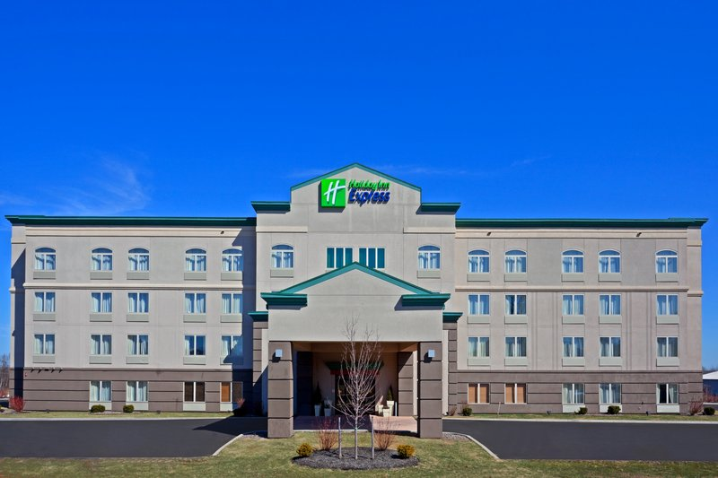 Holiday Inn Express Syracuse-Fairgrounds-We welcome you to our quiet hotel minutes from the fairgrounds<br/>Image from Leonardo