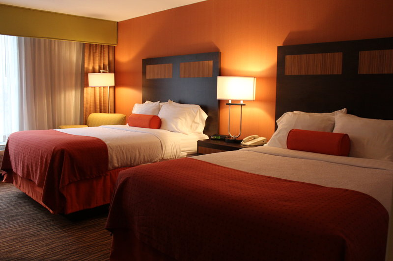 Holiday Inn Danbury-Bethel at Interstate 84-Two Queen Beds Guest Room<br/>Image from Leonardo