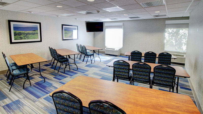 Holiday Inn Express & Suites Sioux City - Southern Hills-Meeting Room Rental Available at the Holiday Inn Express<br/>Image from Leonardo