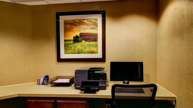 Holiday Inn Express & Suites Sioux City - Southern Hills-24 Hr Business Center with work station in the Holiday Inn Express<br/>Image from Leonardo