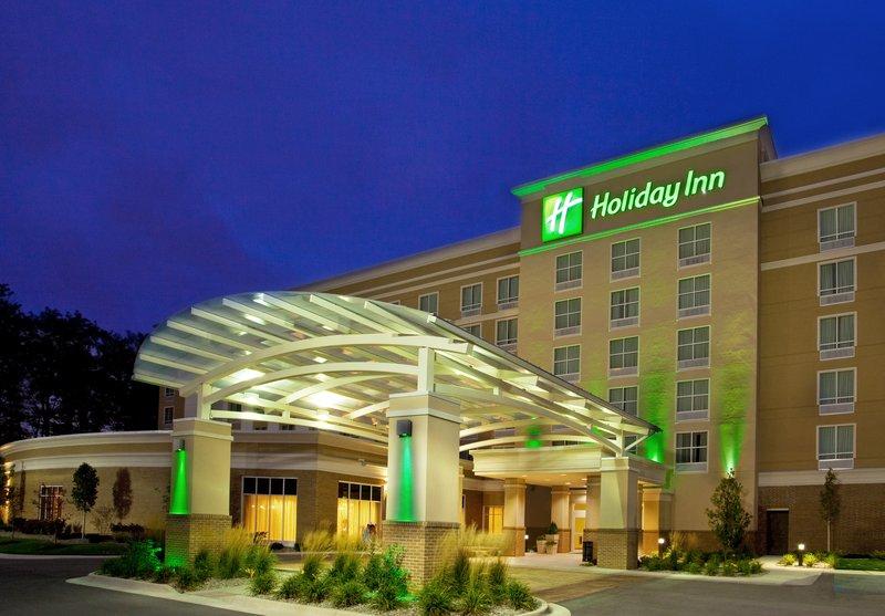 Holiday Inn Ft. Wayne-IPFW & Coliseum-Hotel Exterior<br/>Image from Leonardo