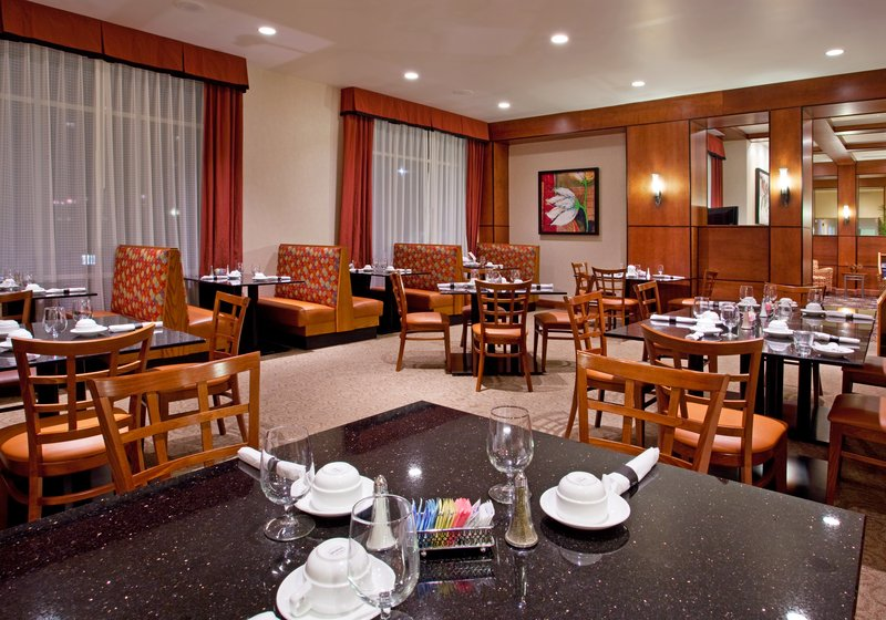 Holiday Inn Ft. Wayne-IPFW & Coliseum-Restaurant<br/>Image from Leonardo
