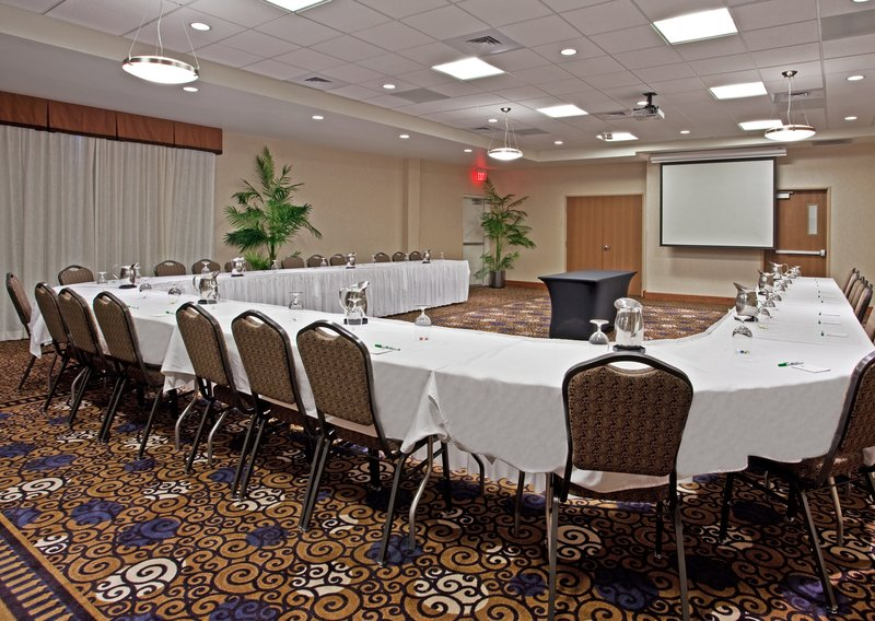 Holiday Inn Ft. Wayne-IPFW & Coliseum-Meeting Room- UShape<br/>Image from Leonardo