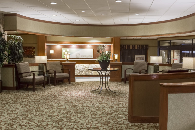 Holiday Inn Hotel & Suites Des Moines-Northwest-Hotel Lobby<br/>Image from Leonardo