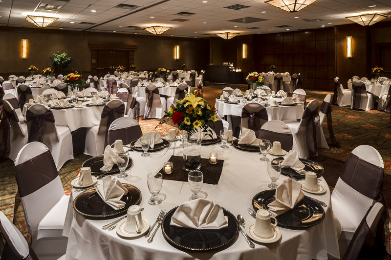 Holiday Inn Hotel & Suites Des Moines-Northwest-Heartland Ballroom<br/>Image from Leonardo