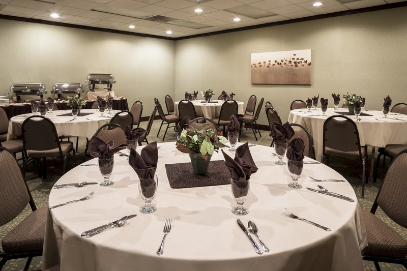 Holiday Inn Hotel & Suites Des Moines-Northwest-Banquet Room Feature<br/>Image from Leonardo