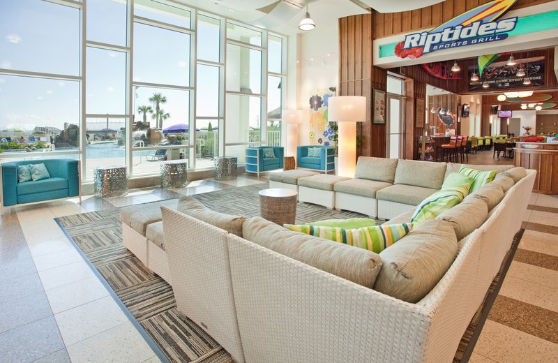 Holiday Inn Resort Pensacola Beach Gulf Front-Relax in our lobby lounge<br/>Image from Leonardo