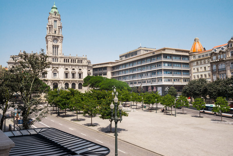Maison Albar Le Monumental Palace-Place<br/>Image from Leonardo