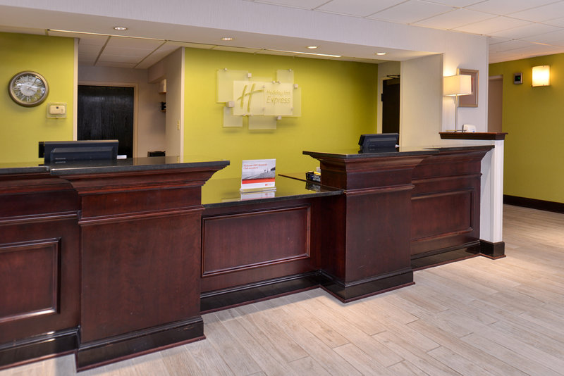 Holiday Inn Express Omaha West - 90th Street-Front Desk<br/>Image from Leonardo
