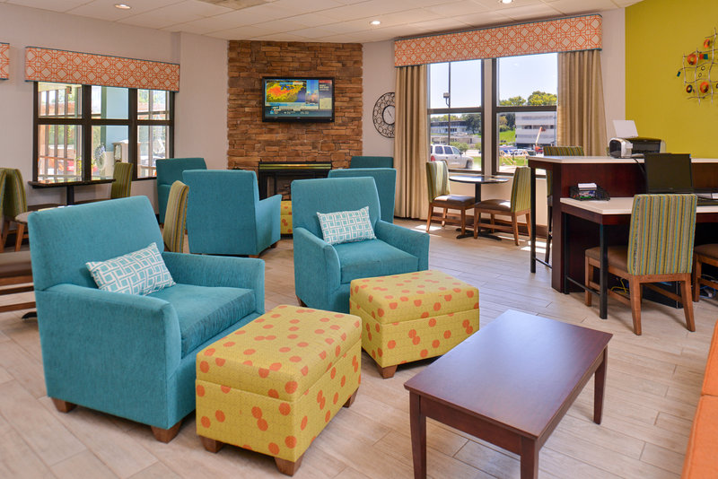 Holiday Inn Express Omaha West - 90th Street-Hotel Lobby<br/>Image from Leonardo