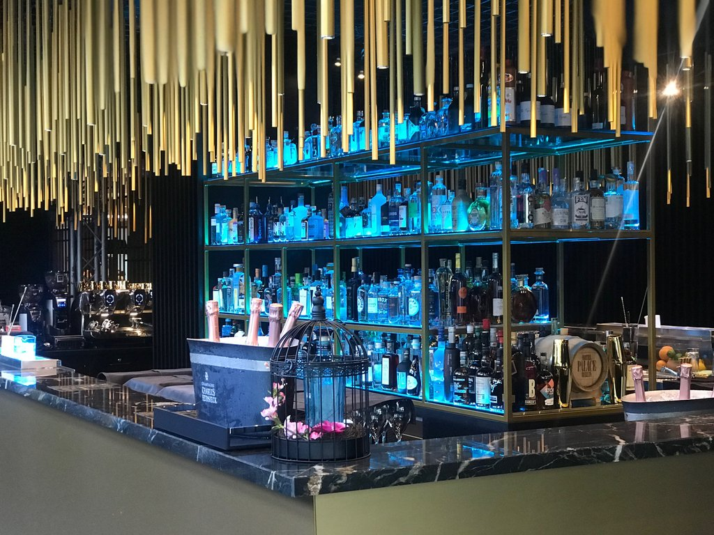 Hotel Palace Berlin - House Of Gin <br/>Image from Leonardo