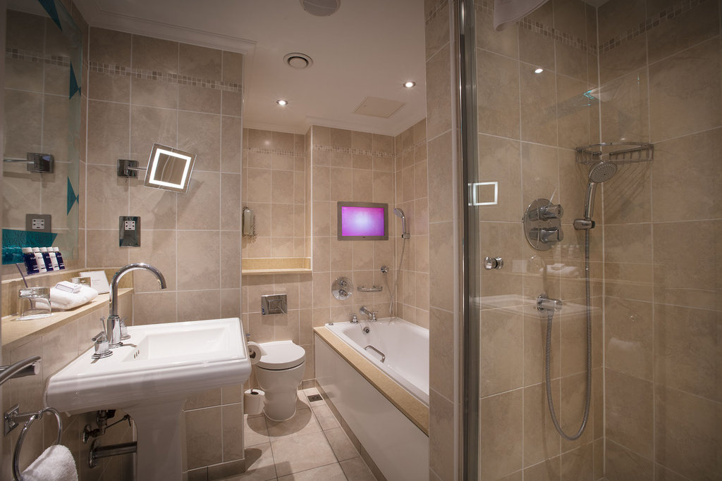The Royal Horseguards - Bathroom <br/>Image from Leonardo