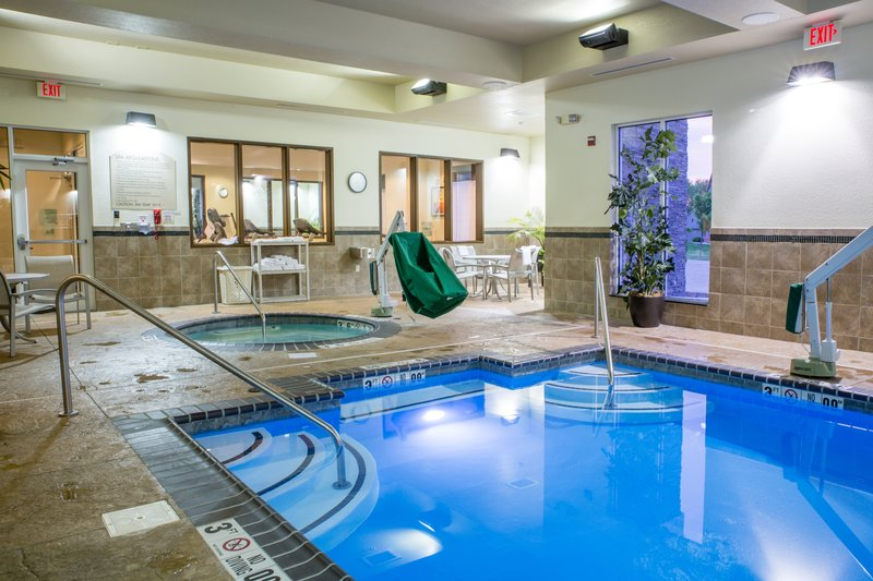 Holiday Inn Hotel & Suites Bloomington - Airport-Our hot tub is well maintained and enjoyed by our adult guests<br/>Image from Leonardo