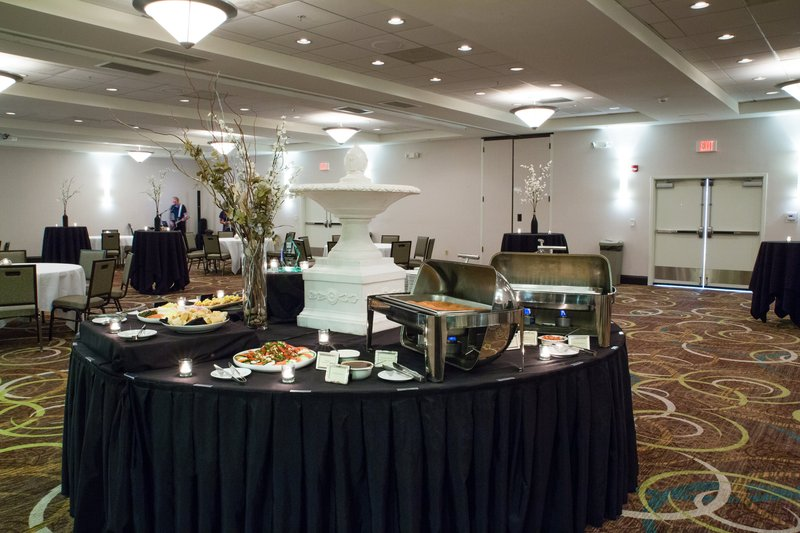 Holiday Inn Hotel & Suites Bloomington - Airport-Appetizer buffet around our water fountain-simply elegant<br/>Image from Leonardo