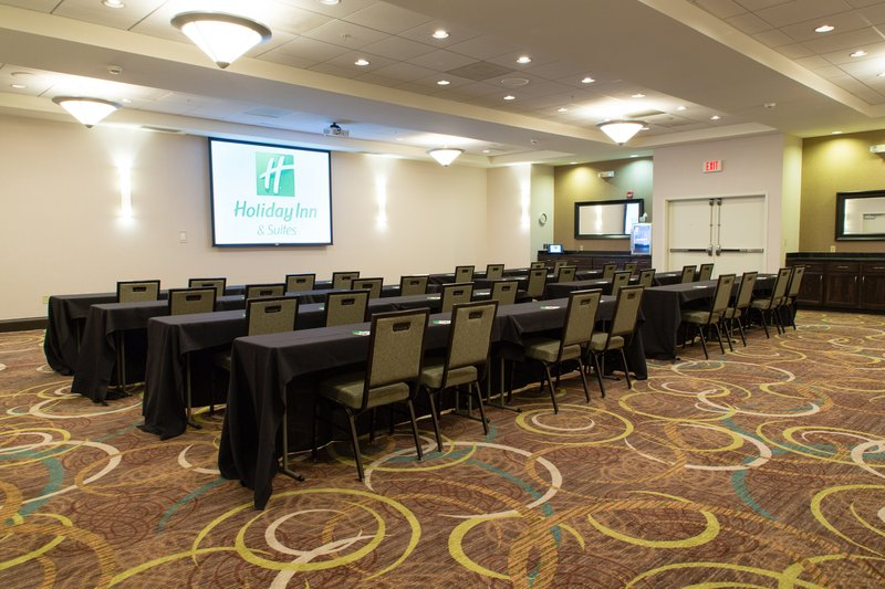 Holiday Inn Hotel & Suites Bloomington - Airport-Classroom setting available for up to 295<br/>Image from Leonardo