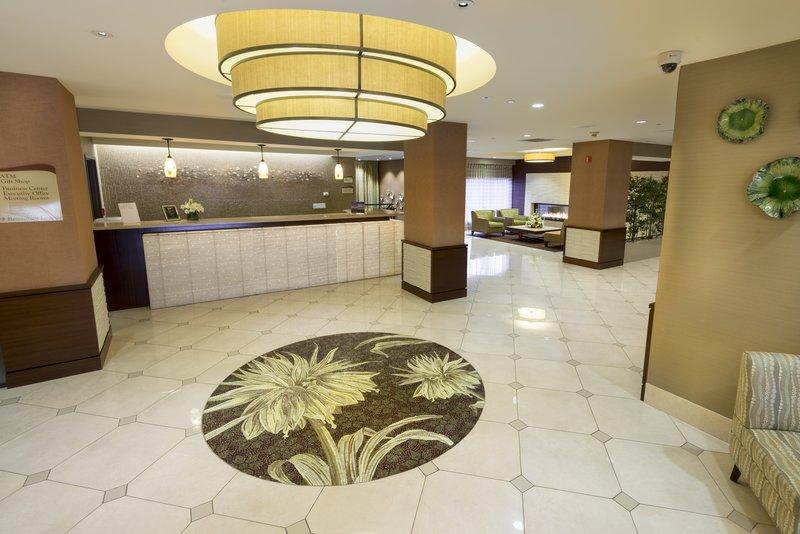 Crowne Plaza Wilmington North-Lobby Lounge<br/>Image from Leonardo
