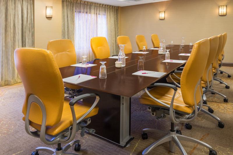 Crowne Plaza Wilmington North-Baltimore Boardroom<br/>Image from Leonardo