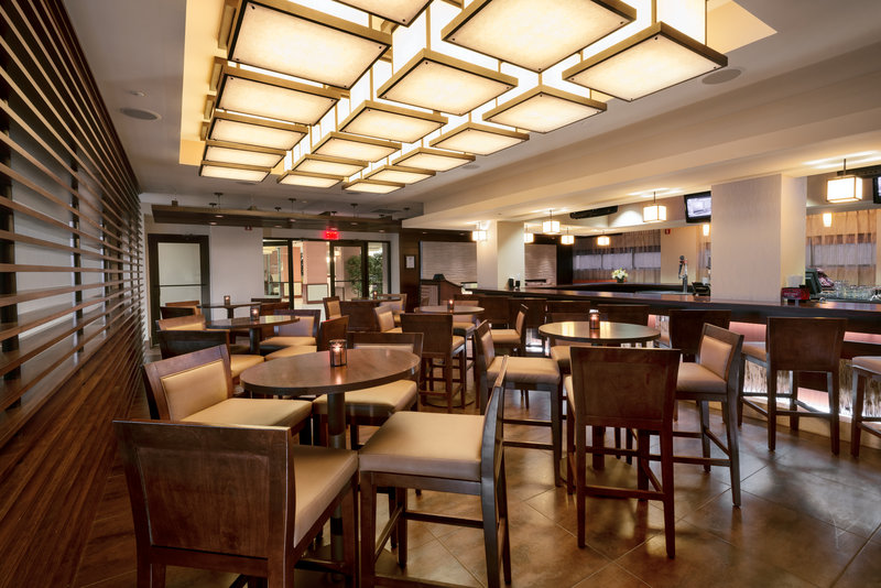 Crowne Plaza Wilmington North-Bar and Lounge<br/>Image from Leonardo