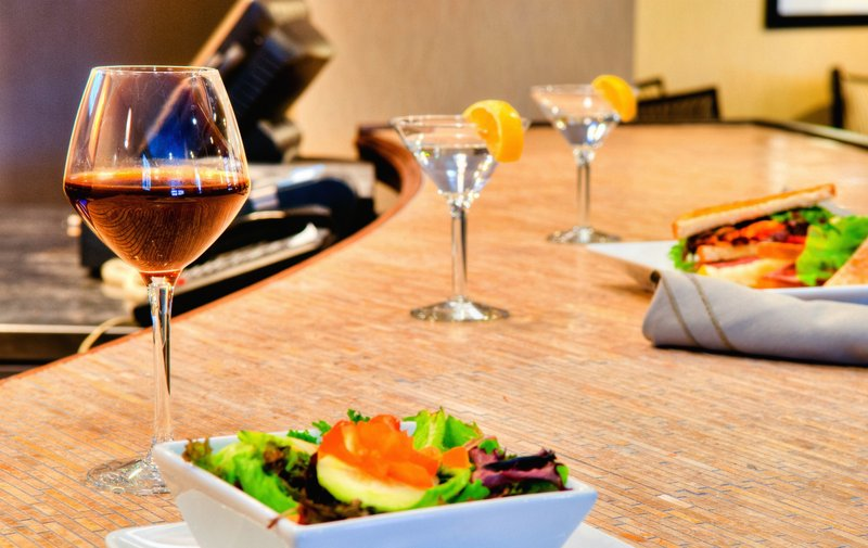 Crowne Plaza Wilmington North-Guest Dining Lounge<br/>Image from Leonardo