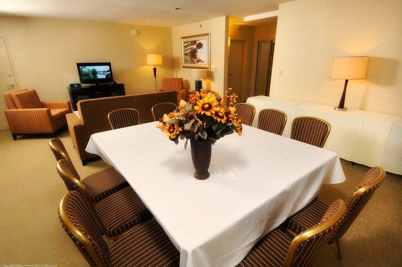 Crowne Plaza Wilmington North-Meeting Room<br/>Image from Leonardo