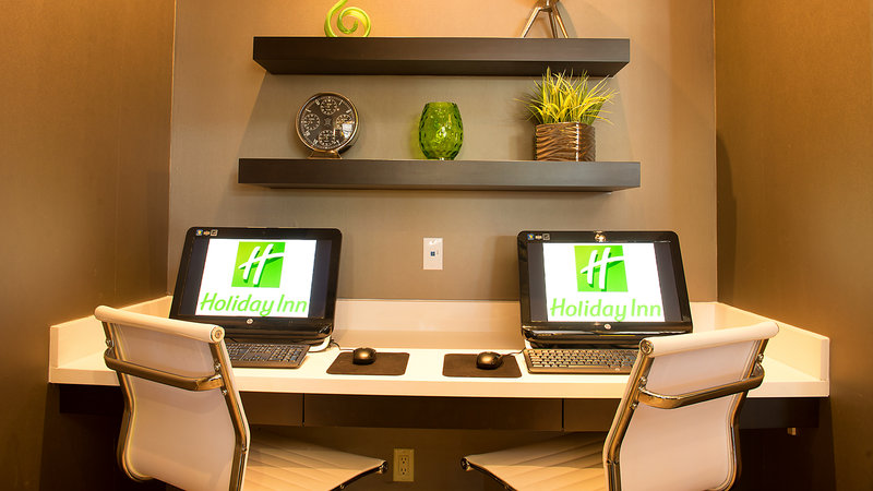 Holiday Inn Hotel & Suites Mississauga West - Meadowvale-Business Center in our lobby at the Holiday Inn Mississauga<br/>Image from Leonardo