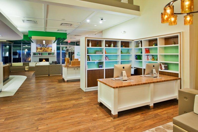 Holiday Inn Gwinnett Center-Holiday Inn Gwinnett Center Business Center<br/>Image from Leonardo