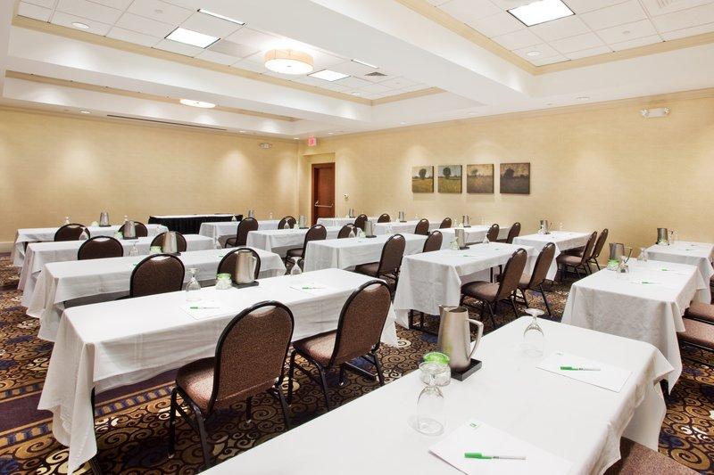 Holiday Inn Gwinnett Center-Holiday Inn Gwinnett Center Meeting Room<br/>Image from Leonardo