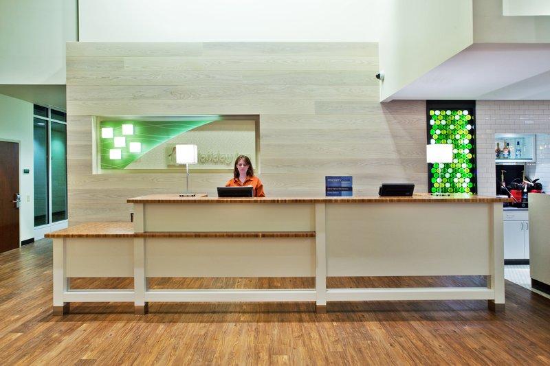 Holiday Inn Gwinnett Center-Holiday Inn Gwinnett Center Front Desk<br/>Image from Leonardo
