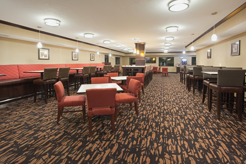 Holiday Inn Express & Suites Moab-Guest Dining Lounge<br/>Image from Leonardo