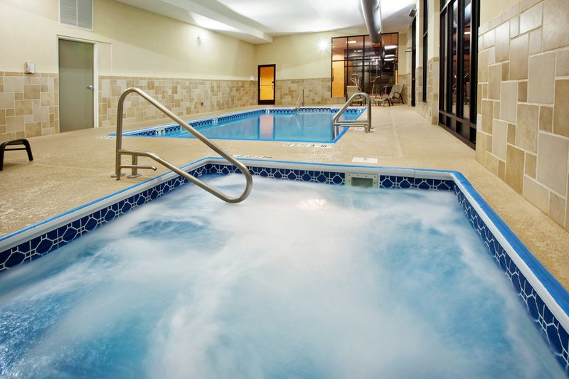 Holiday Inn Quincy East-Our hot tub with whirlpool .<br/>Image from Leonardo
