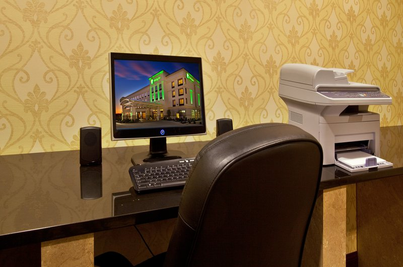 Holiday Inn Quincy East-Be productive in our Business Center.<br/>Image from Leonardo