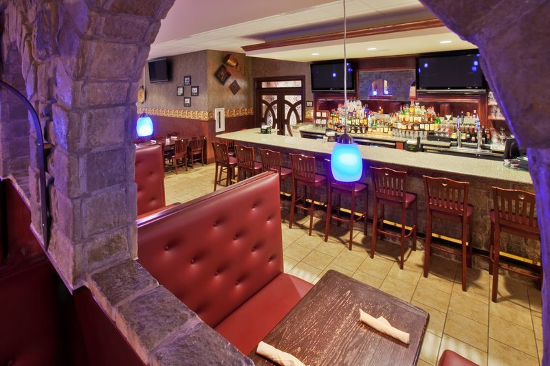 Holiday Inn Quincy East-Tony's Too Restaurant and Bar.<br/>Image from Leonardo